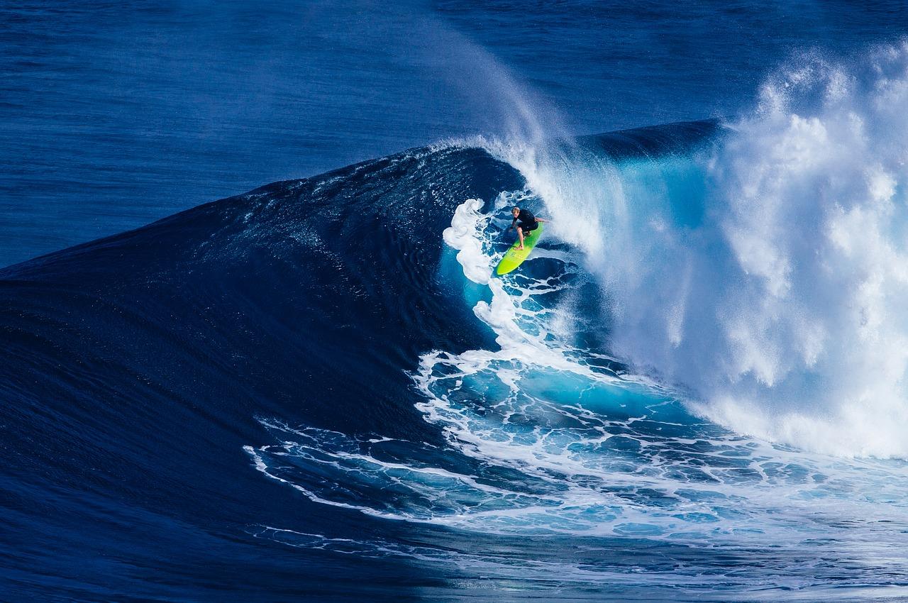 食わず嫌いだったサーフィン初心者が語る面白さと気持ちよさ