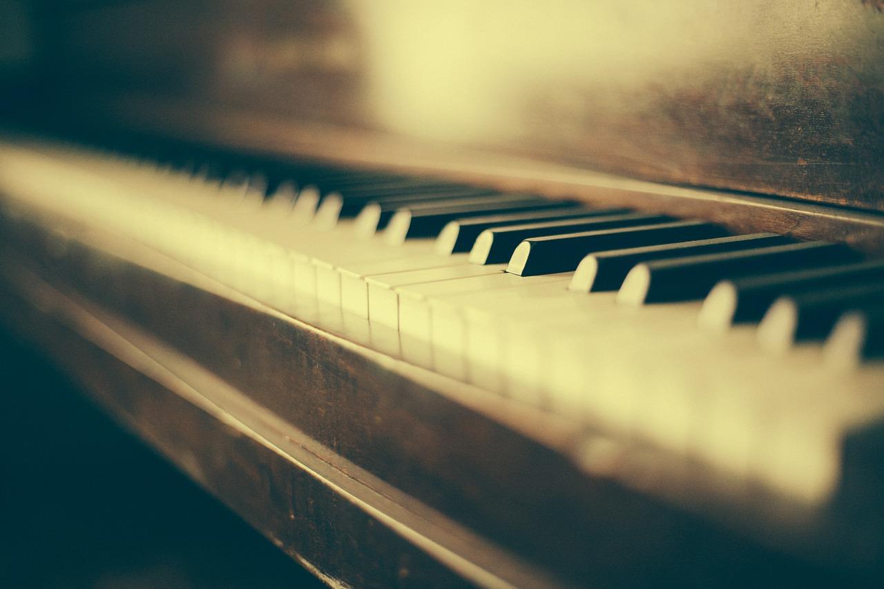 未経験から始める、オリジナル曲の弾き語りまでの道のり